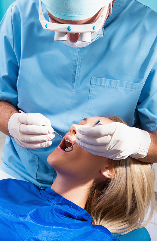Staying Upright Can Reduce Swelling After Oral Surgery